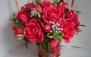 Роза из гофрированной бумаги для украшения зала